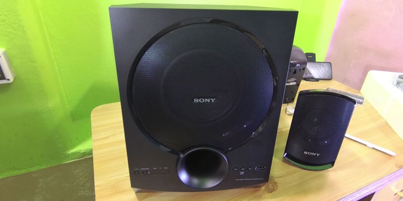 Review of Sony SA-D10 Multimedia Speaker System