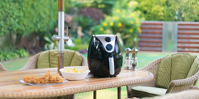 Lifelong HealthyFry Air Fryer in the use