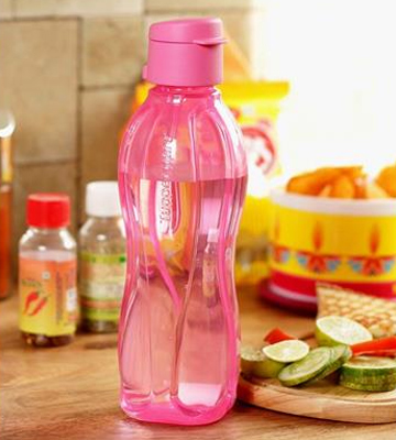 Review of Tupperware Aquasafe Water Bottles