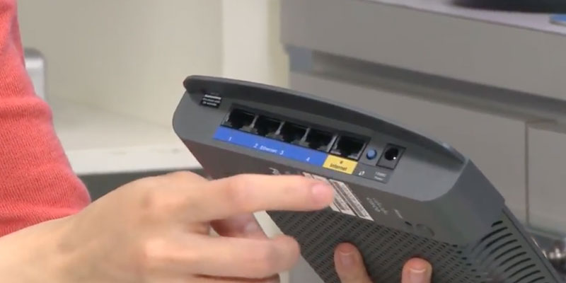 Detailed review of Linksys E900 Wireless-N300 Router