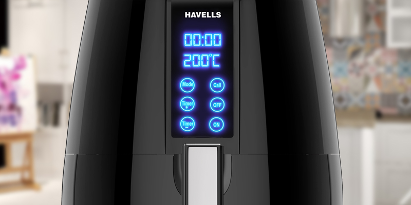 Havells Prolife Digi Air Fryer in the use