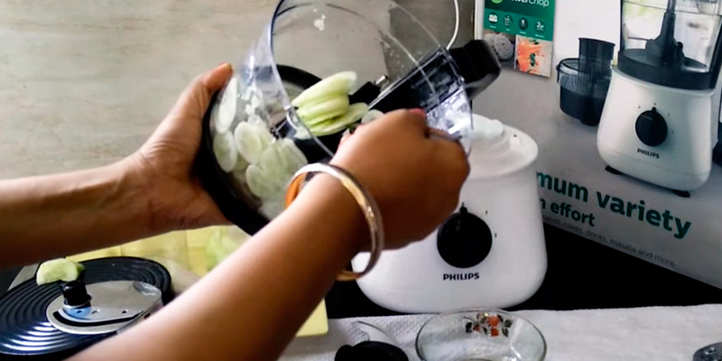 Philips HL1660 Food Processor application